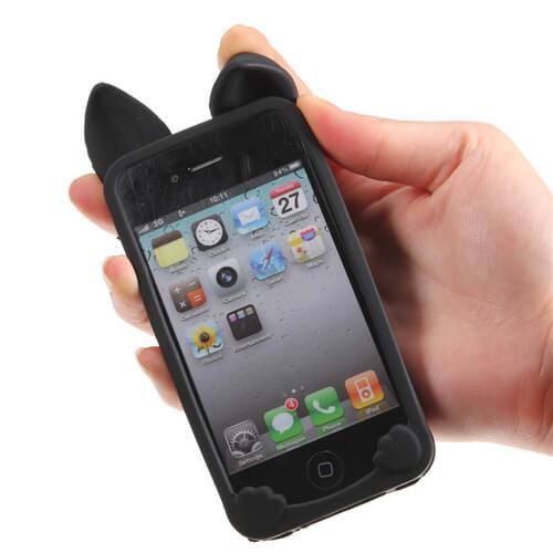 На картинке силиконовый чехол с ушками на айфон 4-4S-5-5S (iPhone), вид сзади, вариант черный.