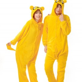 На картинке пижама-кигуруми «Джейк» (Время приключений), вид спереди.