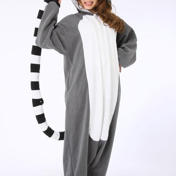 На картинке пижама-кигуруми «Лемур», общий вид.