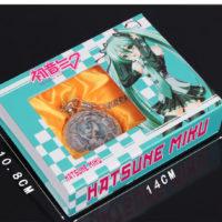 На картинке карманные часы «Вокалоид Мику» (Vocaloid), в упаковке.