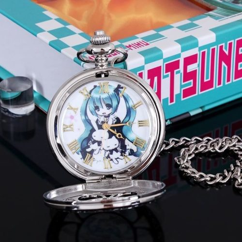 На картинке карманные часы «Вокалоид Мику» (Vocaloid), в раскрытом виде.