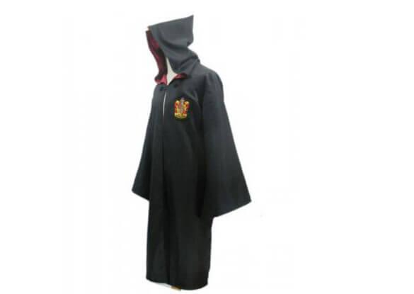 На картинке мантия Гриффиндора из Гарри Поттера, вид сбоку.