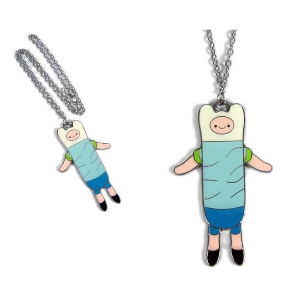 На картинке кулон «Время приключений» (Adventure time) 5 вариантов, вариант Финн №3.