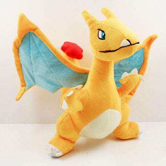 На картинке мягкая игрушка покемон Чаризард (Покемон), общий вид.