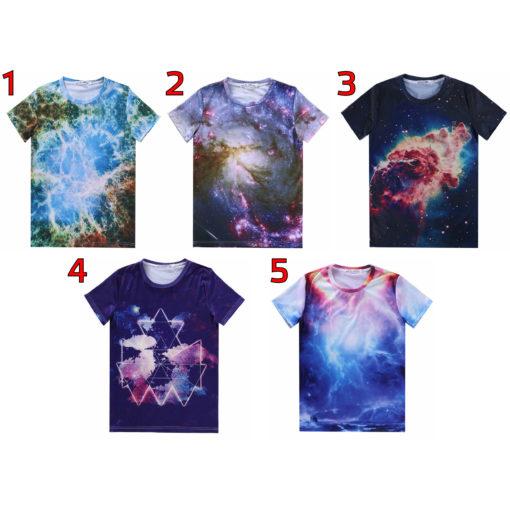 На картинке футболка с принтом космос (космическим принтом) 5 вариантов, вид спереди.