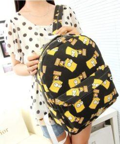 На картинке рюкзак с Симпсонами (Simpsons), общий вид, цвет черный.