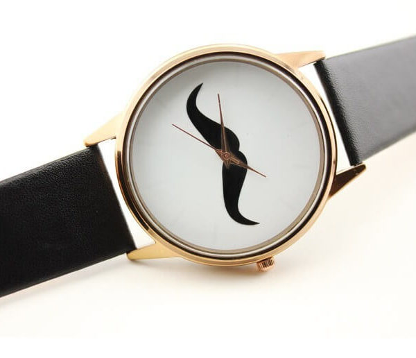 На картинке часы с усами (2 варианта), вид спереди, цвет черный.