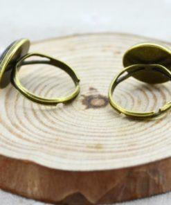 На картинке кольцо «Космос» (9 вариантов), обратная сторона.