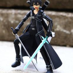 На картинке фигурка Кирито (подвижная) — Sword Art Online, общий вид.