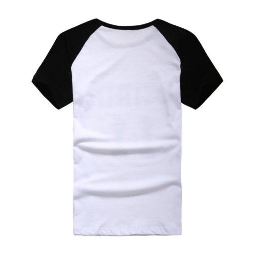 На картинке футболка Баскетбол Куроко (Kuroko no Basuke). вид сзади.