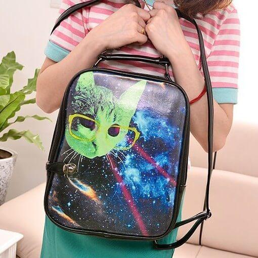 На картинке сумка Космос и кот, вид спереди.