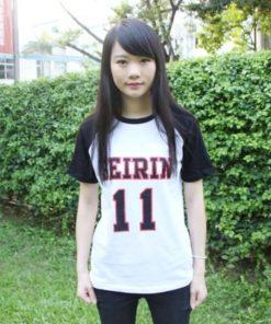 На картинке футболка Баскетбол Куроко (Kuroko no Basuke). вид спереди.