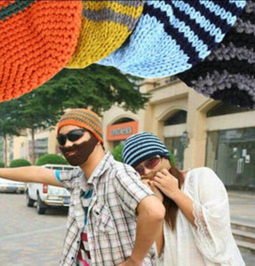 На картинке шапки с усами и бородой (4 варианта), общий вид, цвета оранжевый и голубой.