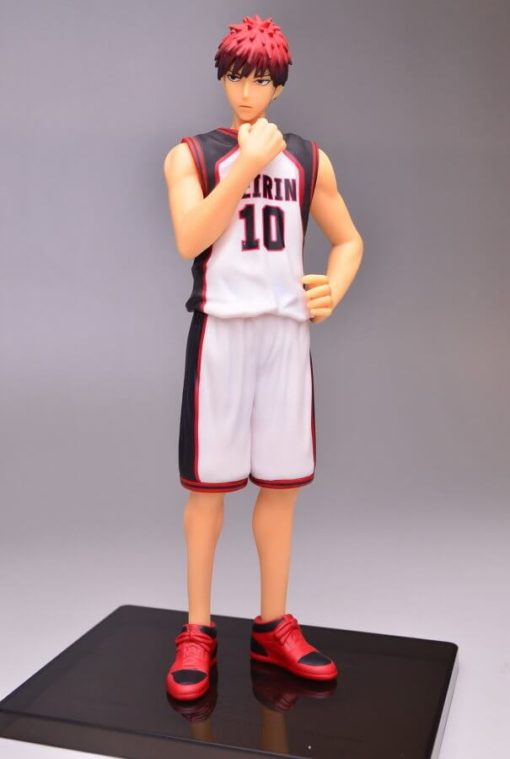 На картинке фигурка Тайга Кагами (Kagami Taiga) Баскетбол Куроко, вид спереди.