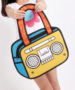 На картинке сумка 2 д «Магнитофон», вид спереди.