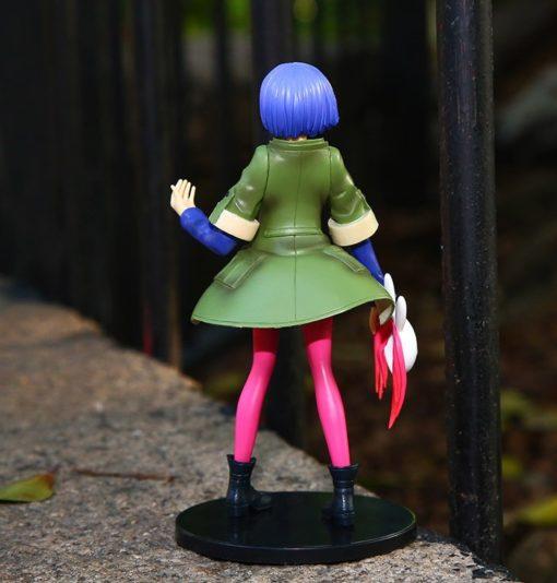 На картинке фигурка Тоука Киришима (Kirishima Toka) — Токийский гуль, вид сзади.
