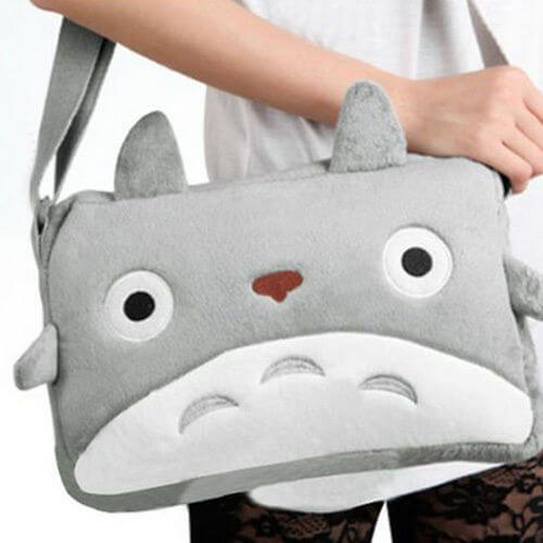 На картинке сумка «Тоторо» (Totoro), вид спереди.