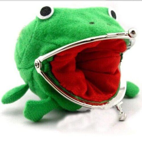 На картинке кошелек лягушка Наруто (Naruto), общий вид.