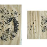 На картинке колготки с имитацией тату «Единорог», детали.
