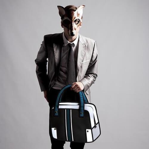 На картинке сумка 2d (мужская), вид спереди, цвет черный.