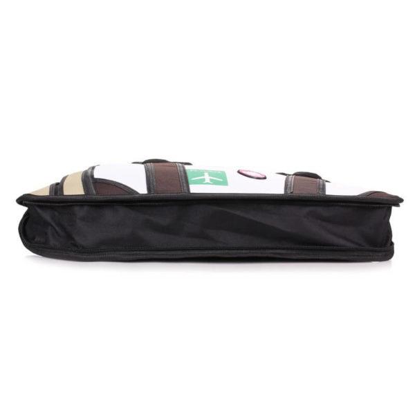 На картинке сумка 2 d «Путешествие», вид сбоку.