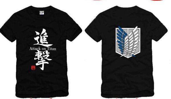 На картинке футболка «Атака титанов», вид спереди и сзади, цвет черный.