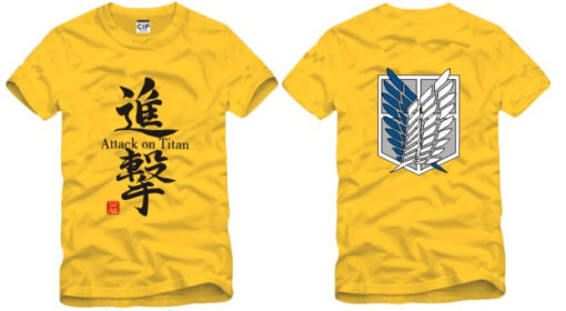 На картинке футболка «Атака титанов», вид спереди и сзади, цвет желтый.