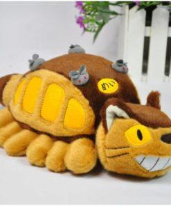 На картинке игрушка Котобус (кот автобус) из аниме «Мой сосед Тоторо», общий вид.