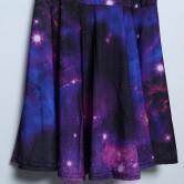 На картинке платье «Космос», детали.