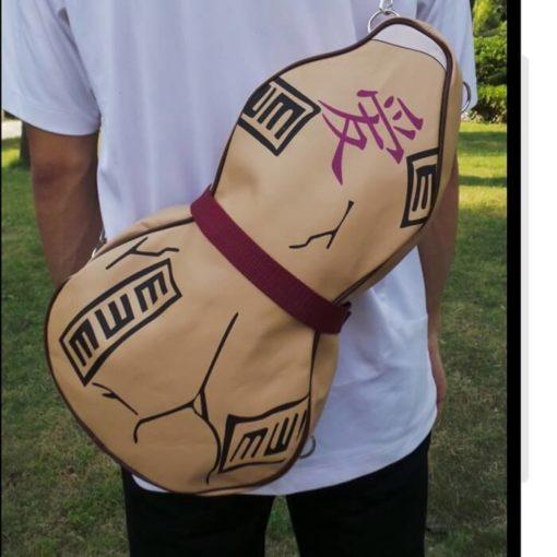 На картинке сумка «Сосуд с песком Гаары» из Наруто (Naruto) 3 варианта, вид спереди.