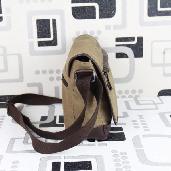 На картинке сумка Наруто, вид сбоку.