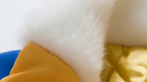 На картинке куртка Наруто (Naruto), детали.