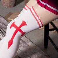 На картинке модные колготки с имитацией чулков «Асуна» (Sword Art Online), вид сбоку.
