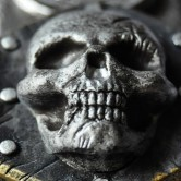 На картинке клинок Эдварда Кенуэй (Ассасин крид 4), детали.