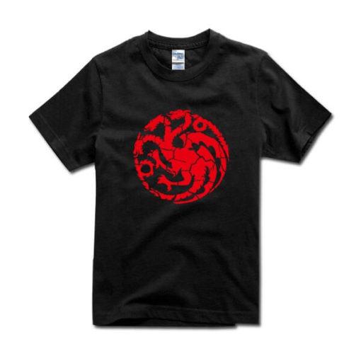 На картинке футболка «Герб Таргариенов» (Игра престолов), вид спереди.