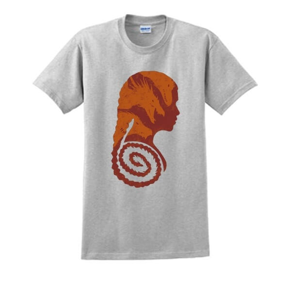 На картинке футболка «Дейнерис» (Игра престолов), вид спереди, цвет серый.