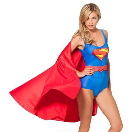 На картинке купальник «Супермен», общий вид.