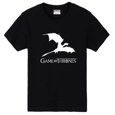 На картинке футболка «Дракон» (Игра престолов), вид спереди, цвет черный.
