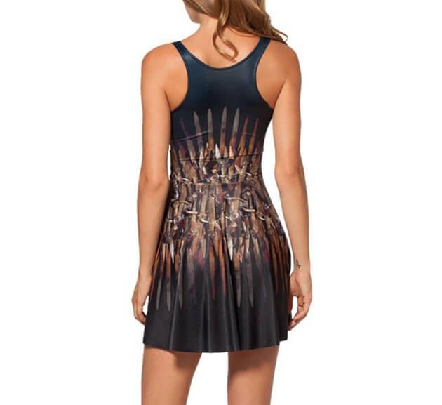 На картинке платье «Железный трон» (Игра престолов), вид сзади.
