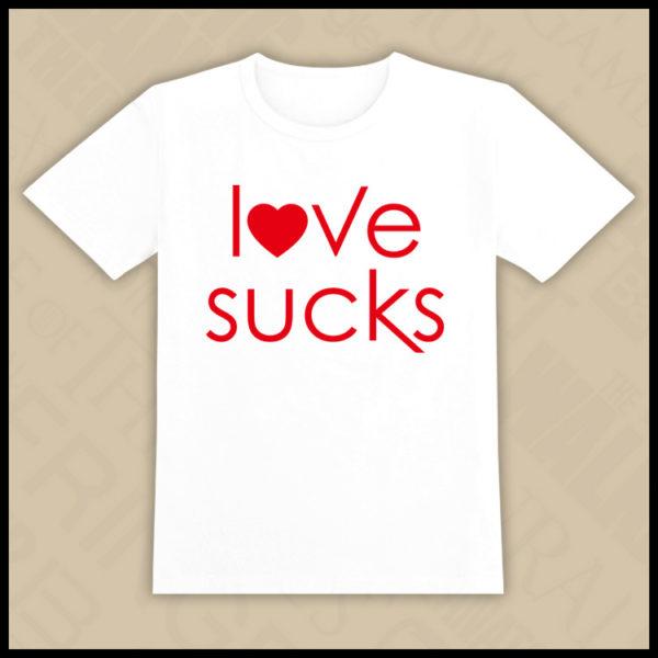 На картинке футболка «Дневники вампира», вид спереди, цвет белый.