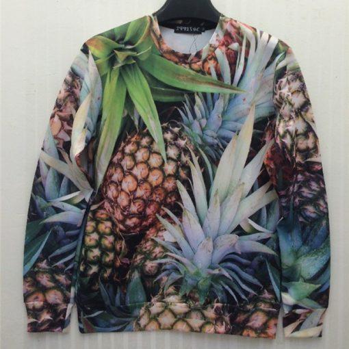 На картинке свитшот с ананасами, вид спереди.