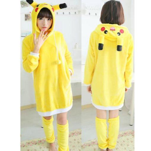 На картинке косплей платье «Пикачу» (Покемоны), вид спереди и сзади.