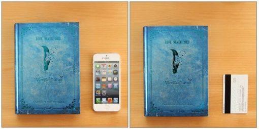 На картинке ежедневник «Дневники вампира», общий вид, цвет голубой.