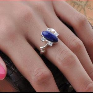 На картинке кольцо Елены Гилберт (Дневники вампира), общий вид.