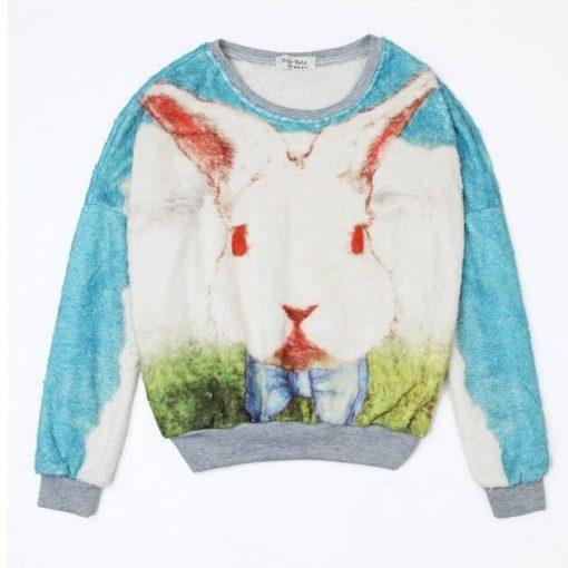 На картинке кофта с кроликом из «Алисы в стране чудес» (Дисней), вид спереди, цвет голубой.