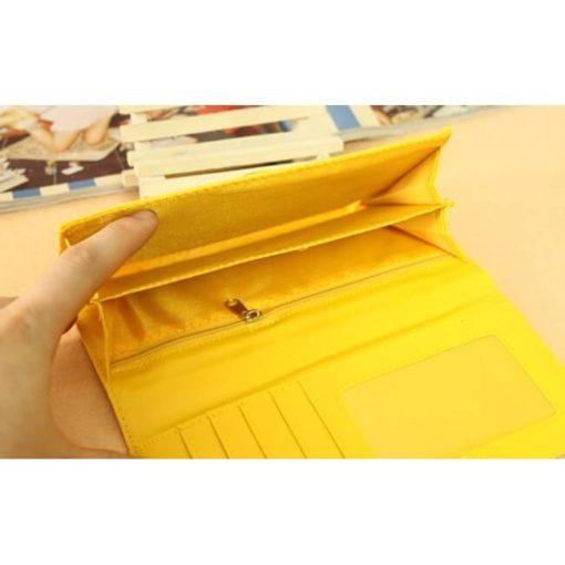 На картинке кошелек «Пикачу» (Покемоны), вид внутри.