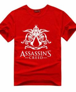 На картинке футболка «Ассасин крид» (Assassins creed), вид спереди, цвет красный.