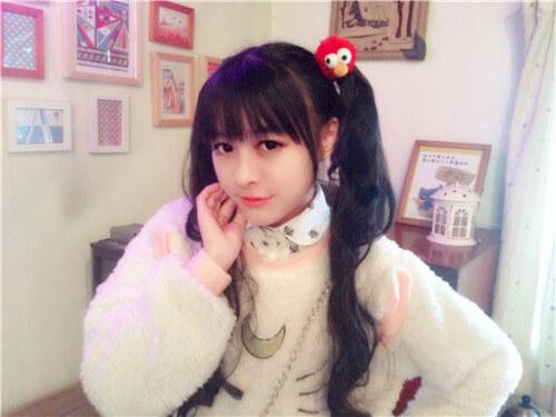 На картинке аниме кофта с ушами «Сейлормун» (2 варианта), общий вид, цвет белый.