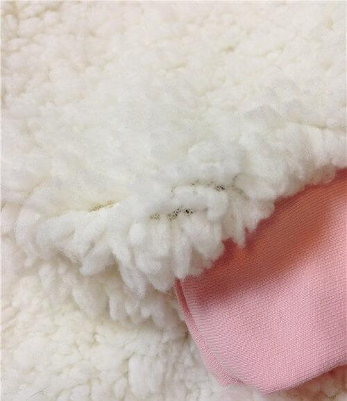 На картинке аниме кофта с ушами «Сейлормун» (2 варианта), детали, цвет белый.