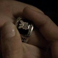 The-Vampire-Diaries-2.png